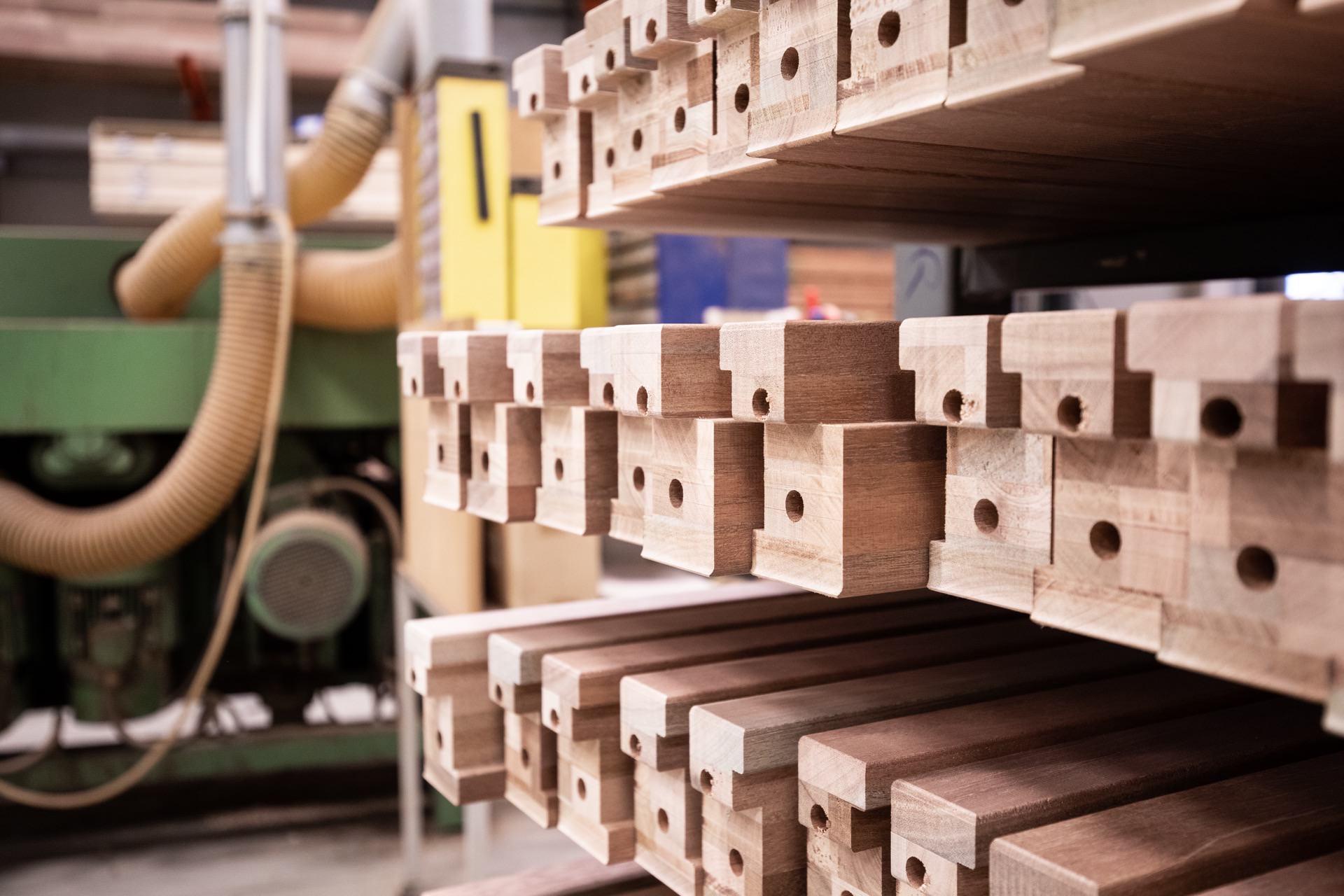 Van Schaik Kozijnen fabriekshal